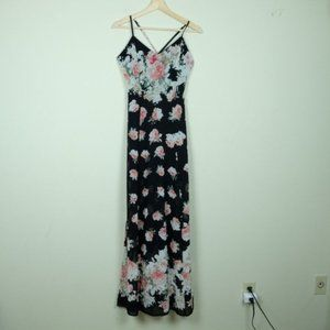 Lulu's Black Floral Roses Maxi Dress